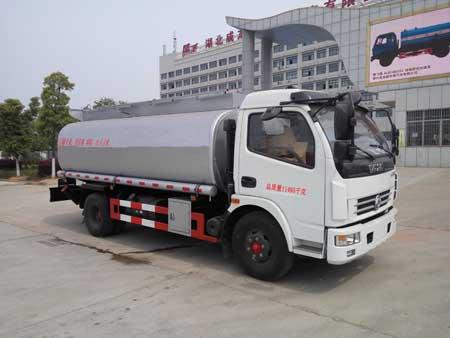 楚飞牌CLQ5110TGY5型供液车